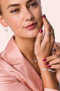 Modelo-Pulsera, pendientes y anillo de plata de ley.jpg